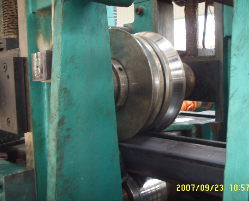 IP Adjusting Square Pipe Mill 5